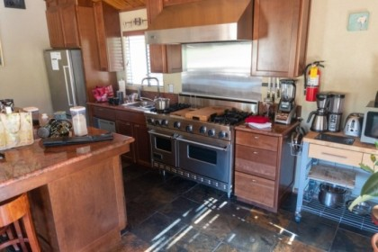 Kitchen of the rental