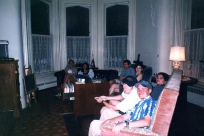 Barlo, Nicole, Charlie, Liz, James, Randy, and Doyle at Doyle's house