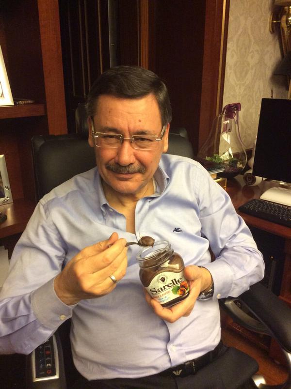 """Bülent Arınç: """"Ankara'yı parsel parsel satan Melih Gökçek, Sarelleyi de kaşık kaşık götürmüştür..."""""""