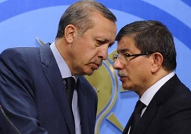 """2015 bütçe görüşmelerinde zorlanan Davutoğlu'na Erdoğan desteği: """"Hepiniz darbecisiniz de, sonra da paralel yapıdan bahset..."""""""