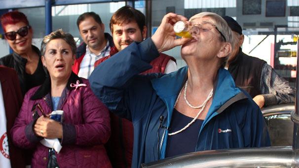 Canan Karatay'ın çay bardağında tereyağından sonraki favorisi zeytinyağı oldu...