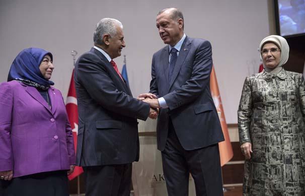 Erdoğan, AKP ile 5+5 yıllık sözleşme imzaladı...