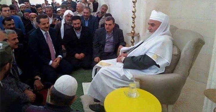 Fethullah Gülen ile yollarını ayıran hükumet, yeni hoca arayışlarını sürdürüyor...