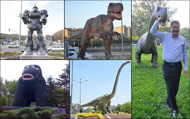"""Melih Gökçek, Anıtkabir'e oyun parkı yapılmasına tepki gösterenleri eleştirdi: """"Ya bu heykelleri dikseydim?"""""""