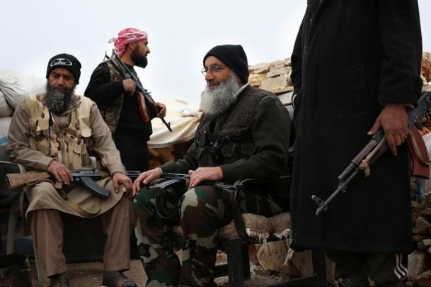 """Suriye Gönüllü Yaşlılar Taburu Komutanı Mihyeddin Sami: """"Dil altı hapım neyse de uzak gözlüğüm yanımda olaydı..."""""""