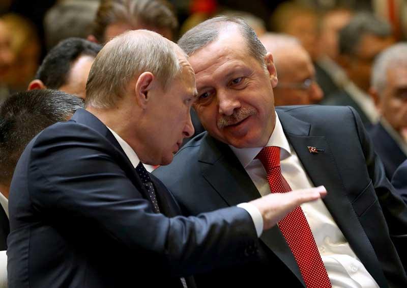 """Putin: """"Kısa boylu bi arkadaş vardı o nerelerde, hiç görünmüyor?"""""""