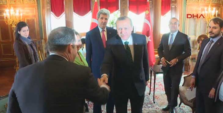 """Yeni Akit: """"Erdoğan'ın yüzüne nur indi."""""""