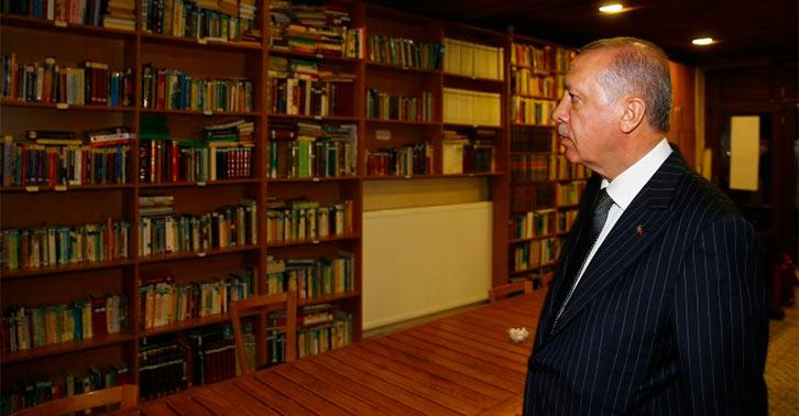 """Erdoğan: """"Bu kadar kitabın özeti de okunmaz ki!"""""""