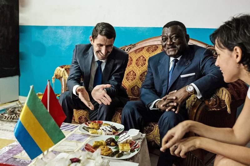 Disiplinsiz Hareketleri Nedeniyle  Bir Süredir Ülkesine Geri Çağrılan Gabon'un Fransa Büyükelçisi Bağımsızlığını İlan Etti...