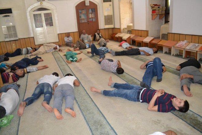 Cami cemaatinin referandum şifresi A Haber'de..!