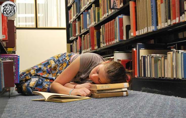 """Bilim İnsanları, Öğrencilerin Vize Haftasını Araştırdı: """"Bizce de En Rahatı Mühendislik."""""""