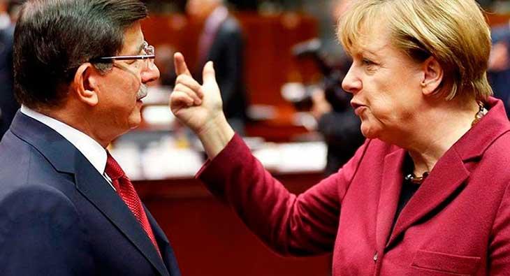"""Merkel'den gözdağı: """"Bak Ahmet, o Kasımpaşalıysa biz de Aachen çocuğuyuz."""""""