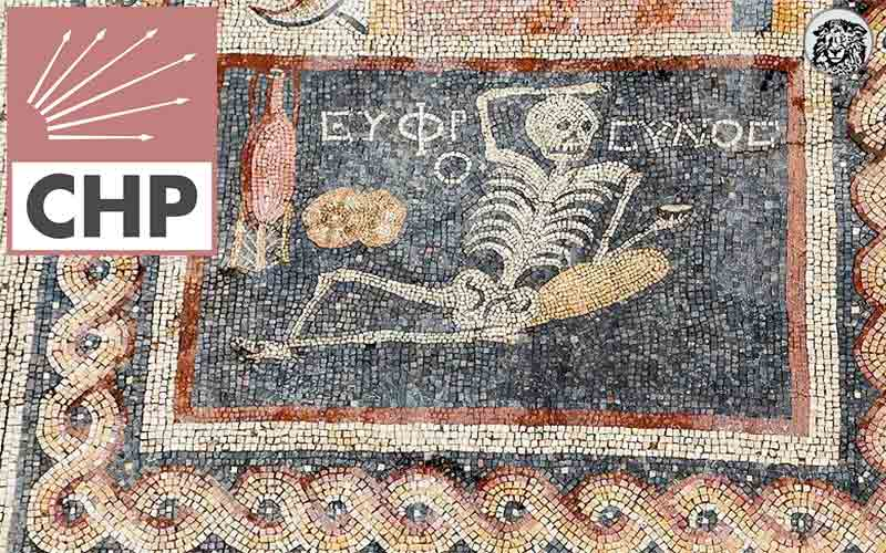 """Antakya'da Bulunan """"Neşeli Ol, Hayatını Yaşa"""" Yazılı Mozaiğin CHP İktidarından Kalma Olduğu Ortaya Çıktı..."""
