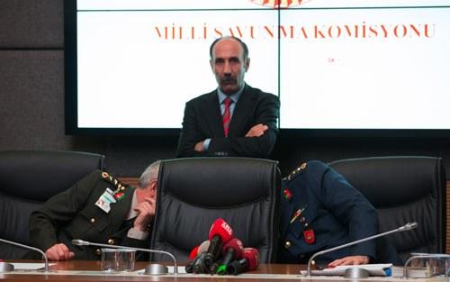 """Koreografisini Cumhurbaşkanı Erdoğan'ın yaptığı """"Askeri Vesayetin Milli İrade Önünde Eğilişi"""" temalı performans göz doldurdu."""