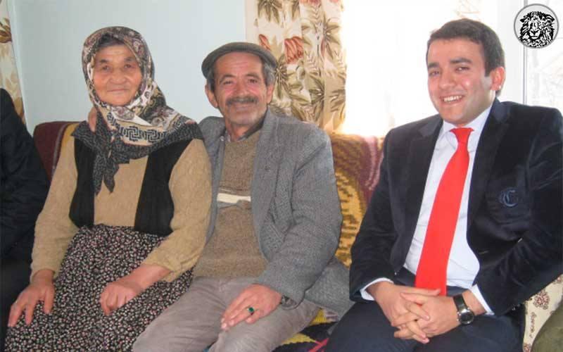 Bayramda Akrabalarını Ziyaret Eden Ahmet Bolat (35), Onlarla Uzun Zamandır Görüşmeme Sebebini Hatırlamanın Şokunu Yaşıyor...