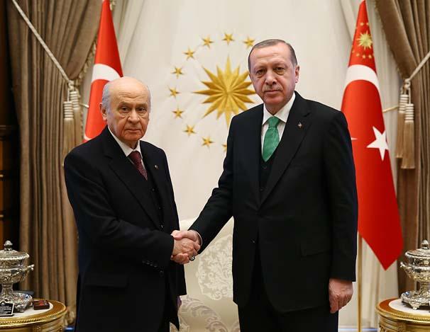 Seçim ittifakı için bir araya gelen Erdoğan ve Bahçeli, Cumhurbaşkanlığı yardımcılığı konusunda prensip anlaşmasına vardı...
