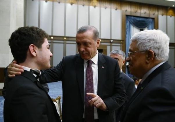 """Erdoğan: """"Bak çocuk! İyi bir piyanist olduğunda sakın Hayyam'ı takip edip RT falan edeyim deme."""""""