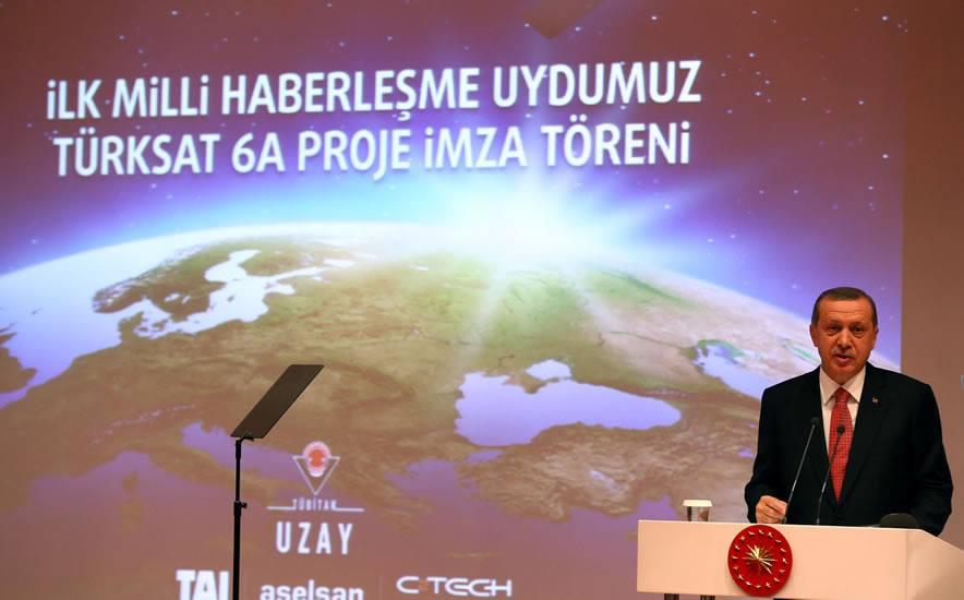 """Erdoğan: """"Haberleşip n'apacaksanız artık!"""""""