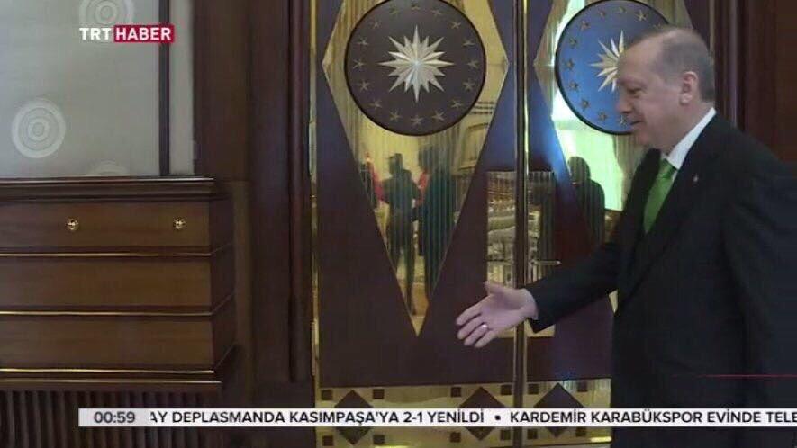 """Erdoğan: """"Sen kimsin ya?"""""""