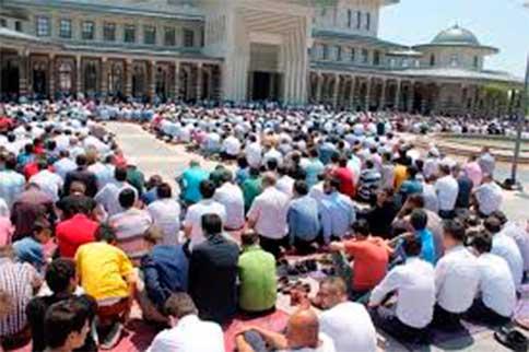 Vize sınavlarına bir hafta kala, tüm camiler dolup taştı...