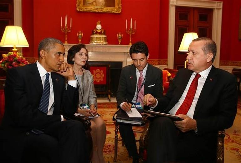 Erdoğan ve Obama'nın tercümanları hasret giderdi...