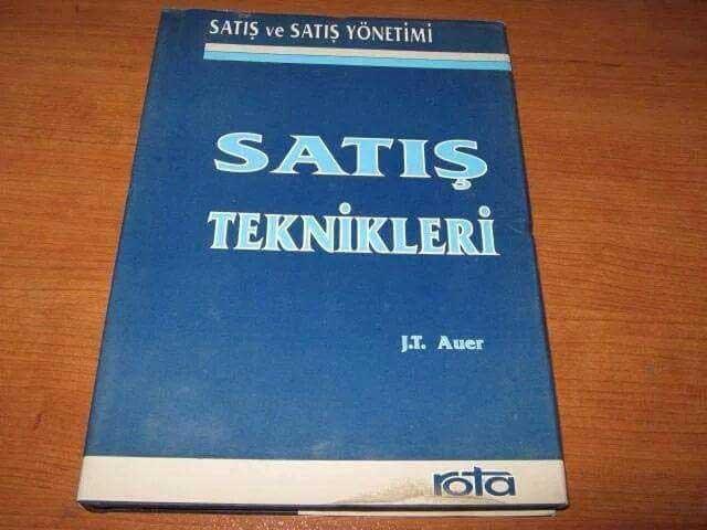 Siyasilerin Başucu Kitabı, Türkiye'de Satış Rekorları Kıran Kitap Kelepir Fiyatına...