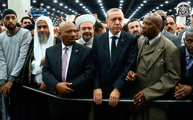 """Muhammed Ali'nin Cenazesinde Konuşturulmayan Cumhurbaşkanı'na Türk Muhtarlardan Destek: """"ABD'li Muhtarlara Konuşsaydı Bari"""""""