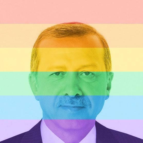 Profil fotosunu güncelleyen AKP Etiler Gençlik Kolları Başkanı'na teşkilattan meydan dayağı...