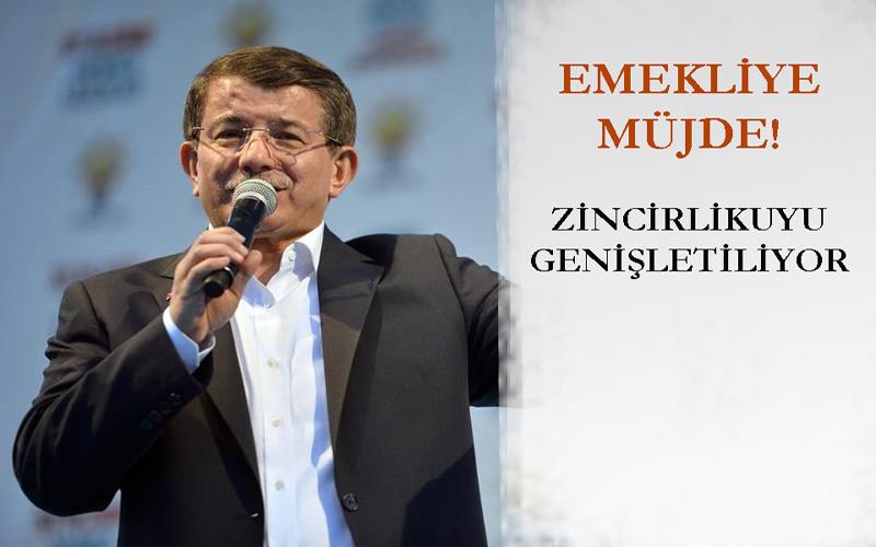 """Davutoğlu'ndan İstanbul Mitinginde Emeklilere Söz: """"Zincirlikuyu Mezarlığı'nı Genişleteceğiz..."""""""