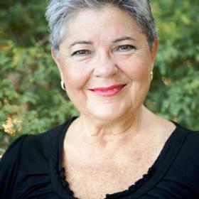 Kathy E Awai