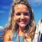 Anna   hawaii life copy