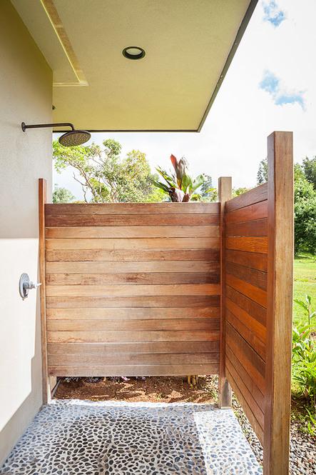 604179 outdoor shower web