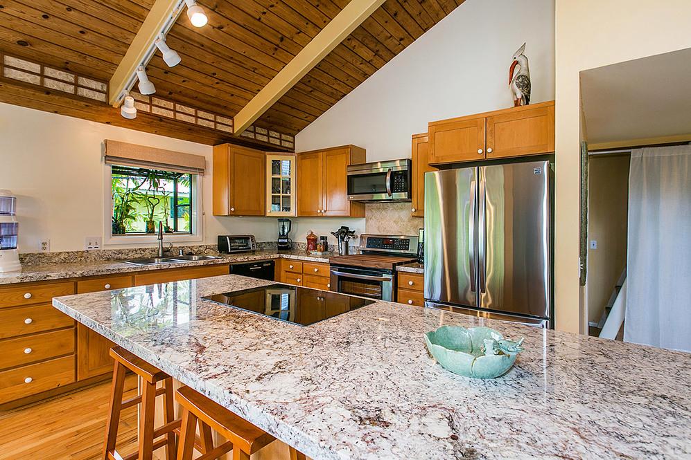 Kitchen   dining high 2041391