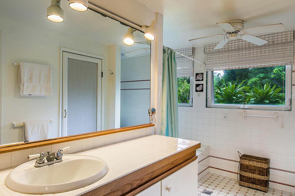 Bedroom suite high 2041373