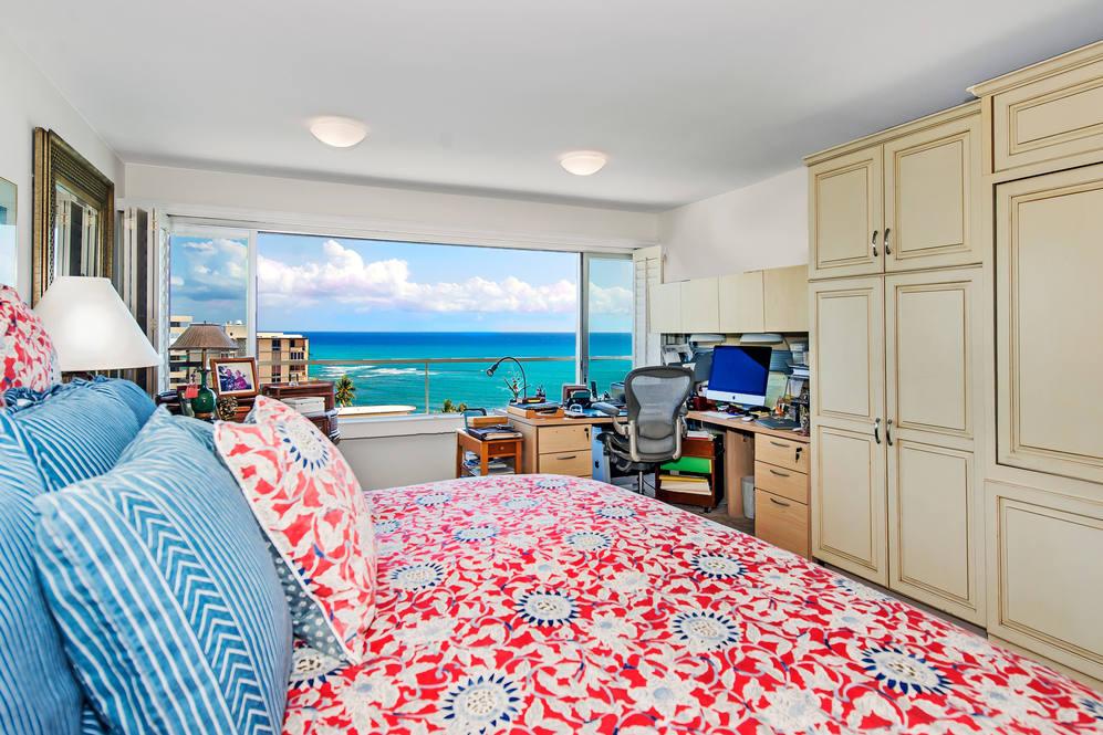 04. master suite w ocean views 2895 kalakaua ave  1205 1206