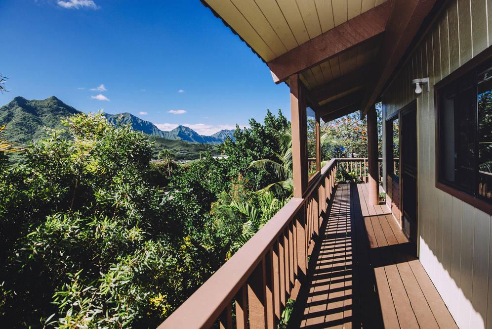 16. walkway deck 1448 aunauna street