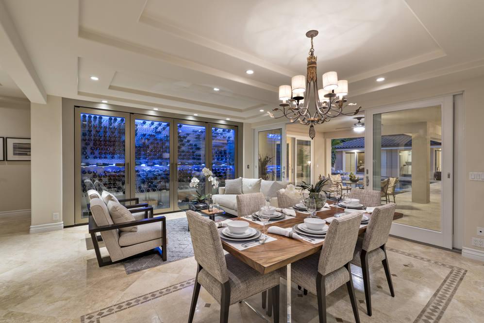 6.  formal dining area 4551 aukai avenue