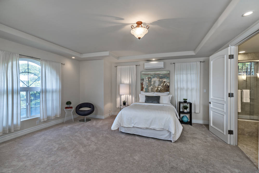 15.  spacious guest room on ground level 4551 aukai avenue