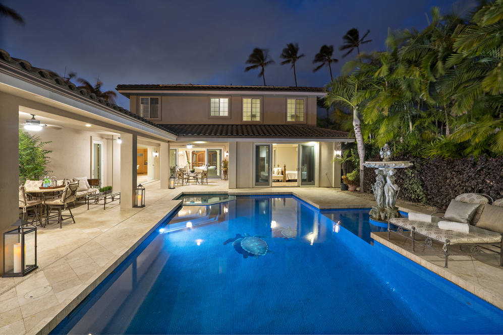 23.  evening pool to house 4551 aukai avenue
