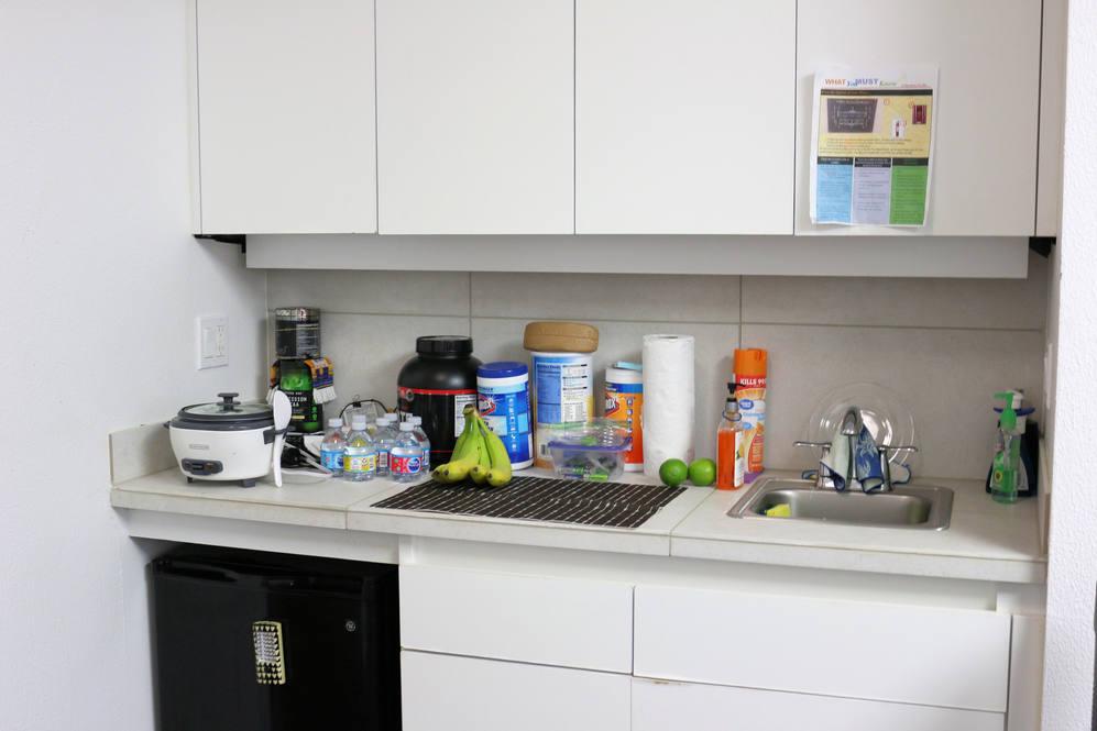 10. kitchen 1188 bishop st  1404