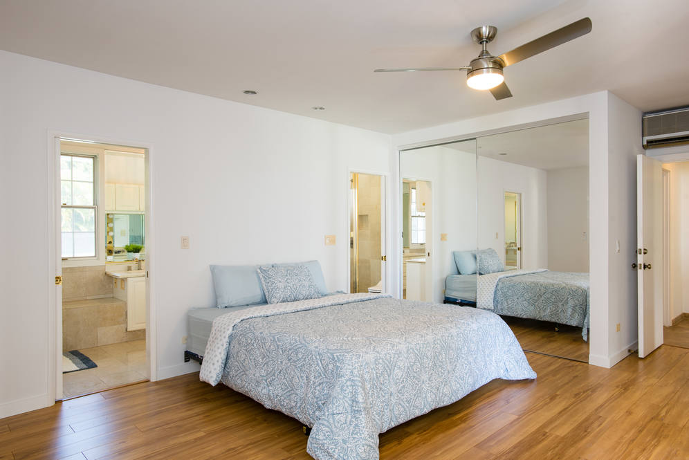 10. master suite 84 wailupe cir