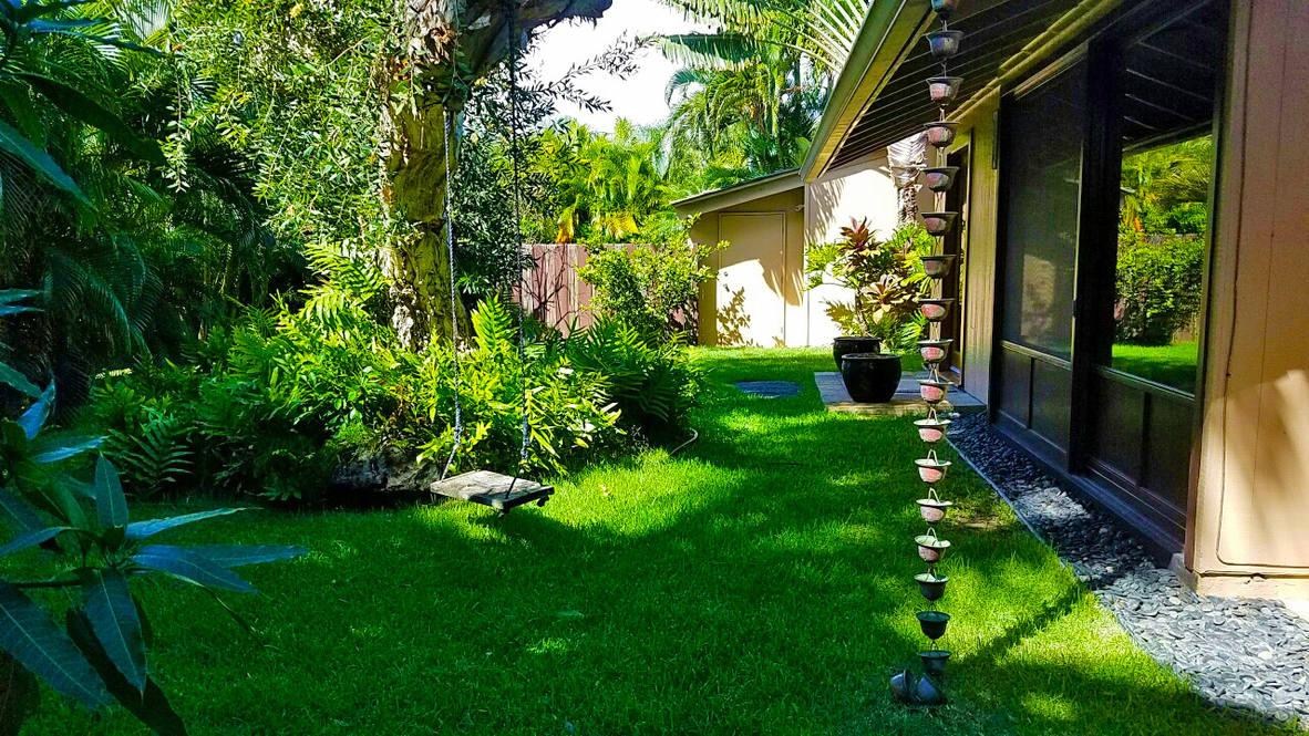 Ph 951w 12 front yard