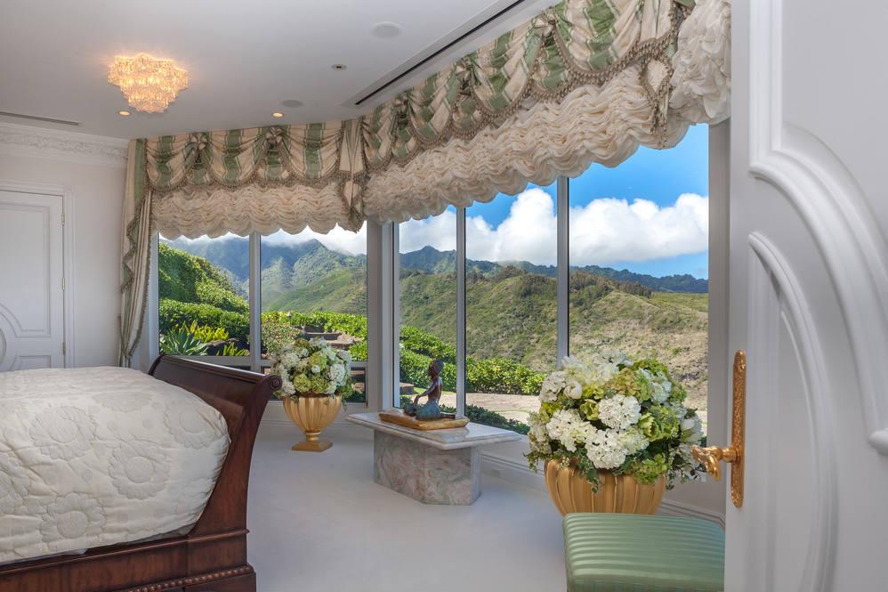 15. master suite mountain view 828 moaniala street