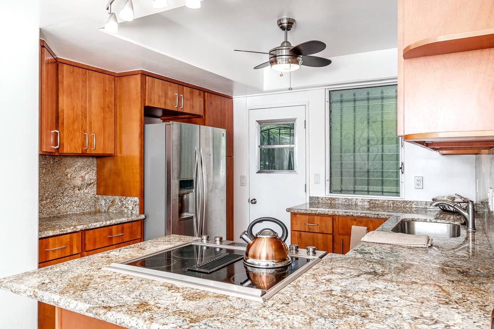 02. kitchen 1425 punahou  404