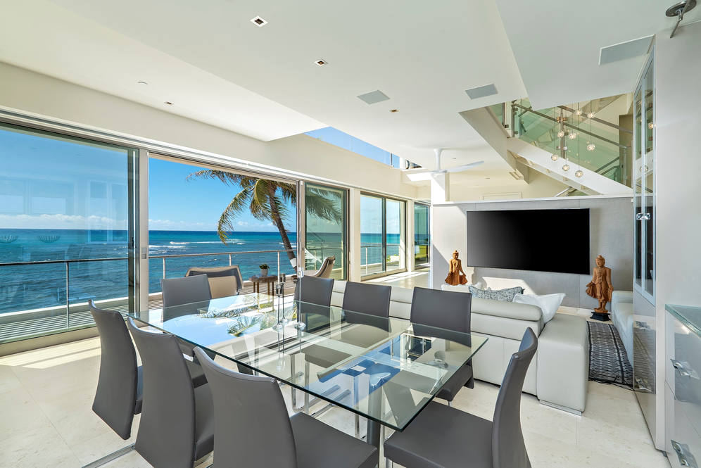 04. dining   living rm to oceanview 3311 beach rd