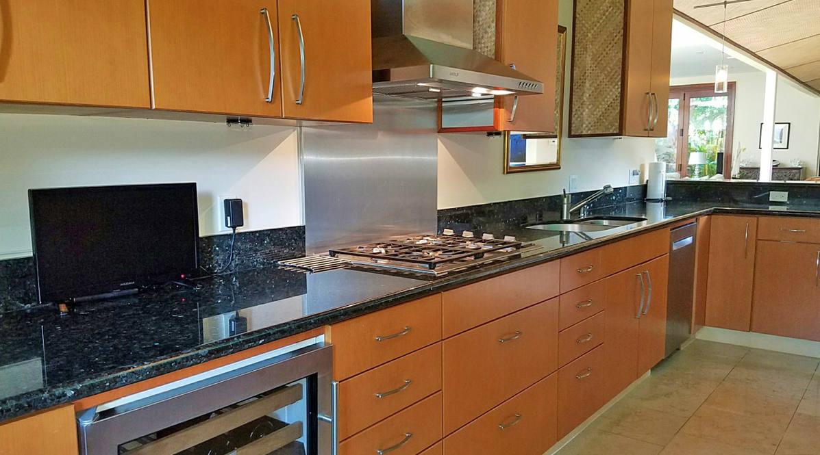 Ph 951w 09 kitchen stove