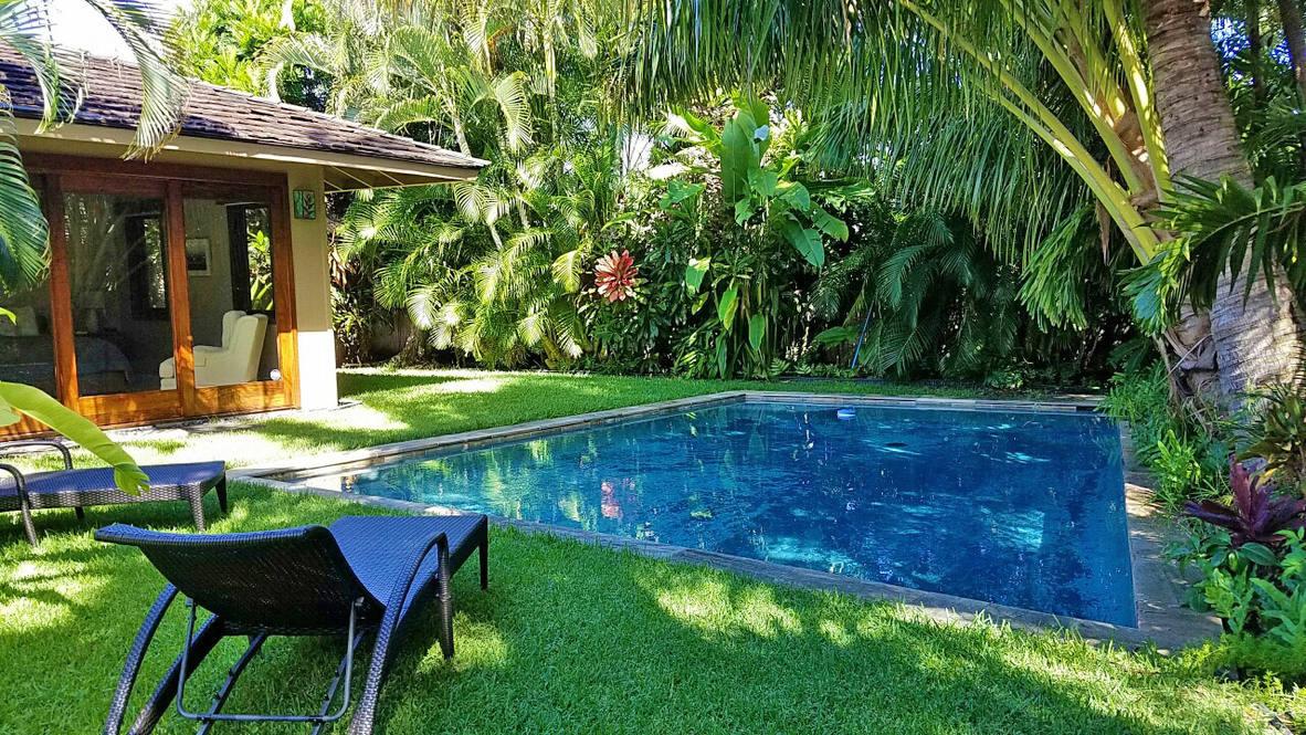 Ph 951w 10 pool from lanai