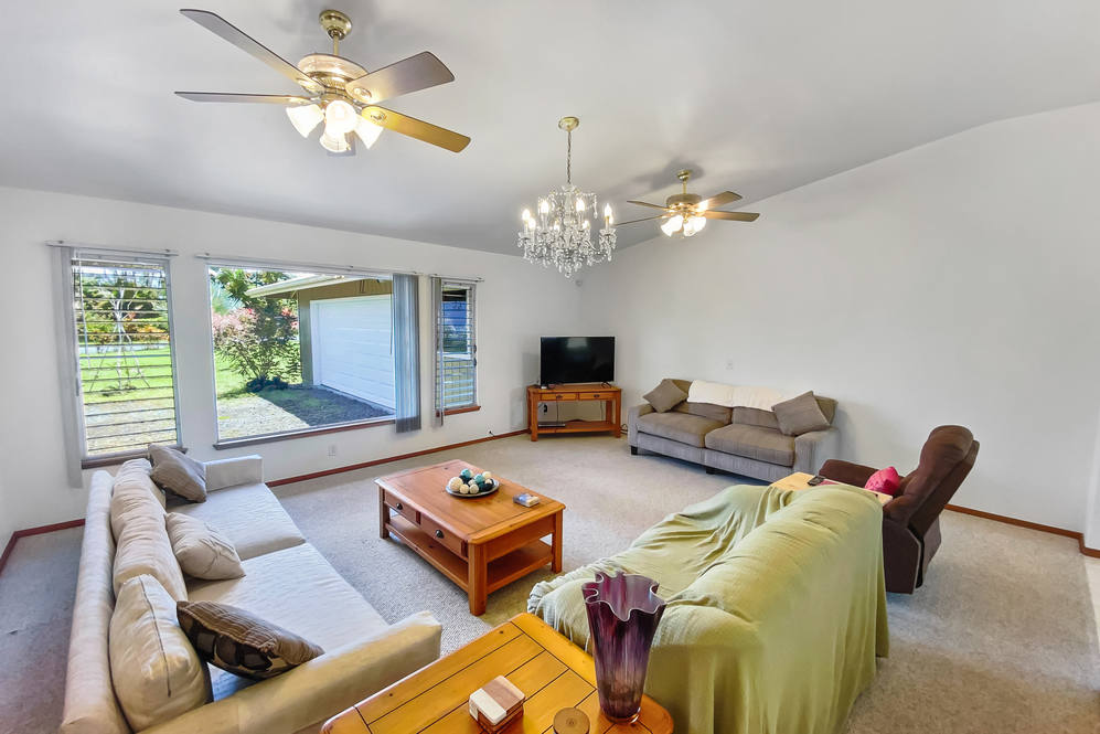 16 272 aulii st hires 17