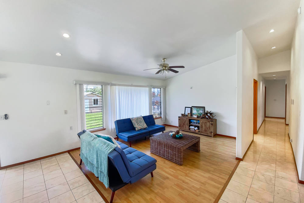 16 272 aulii st hires 19