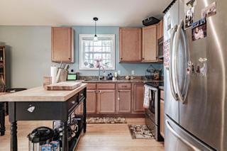 Kitchen (Still Photo)